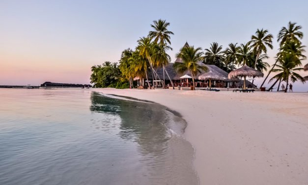 Veligandu Island Resort & Spa, Maldivene, En hotellomtale