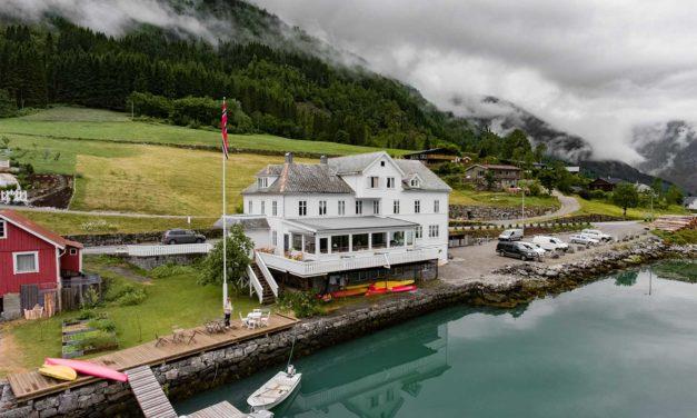 Fjærland Fjordstue: En hotellomtale