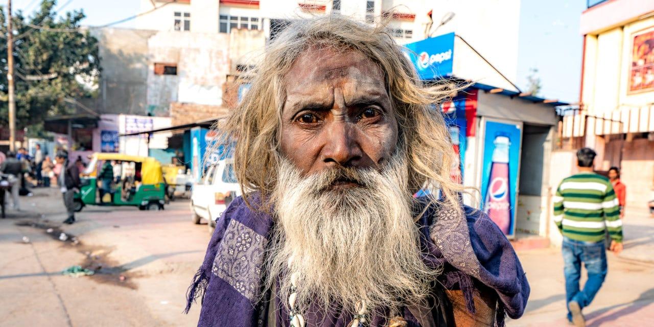 Sadhus, hellige menn i India