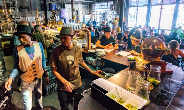 Kåret til verdens beste kaffebar, The Truth i Cape Town!