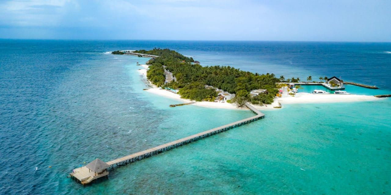 Ut i det blå på Oblu by Atmosphere, Maldivene.